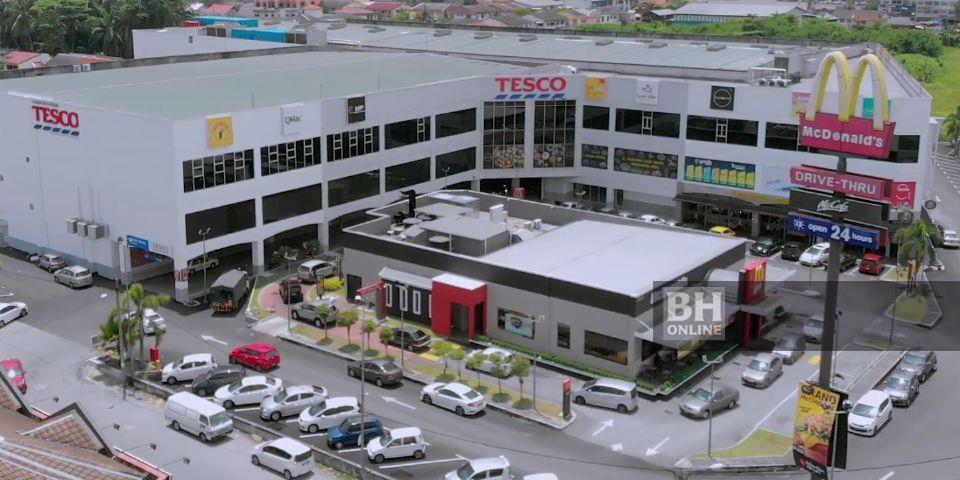Cawangan baharu Tesco Teluk Intan akan mula beroperasi esok - Foto ihsan Tesco Malaysia