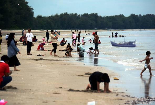 COVID-19: Kunjungi kelab malam, pantai punca peningkatan kes dalam kalangan remaja